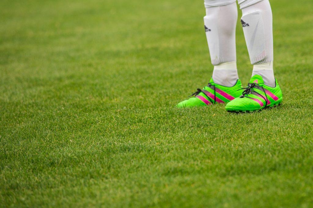 De nieuwste voetbalschoenen.
